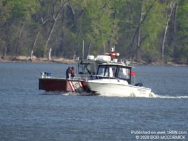 Boat in Distress in Newburgh